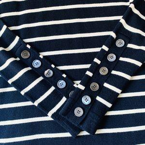 J. Crew Sweaters - EUC Black & White Striped J Crew Pull Over Sweater